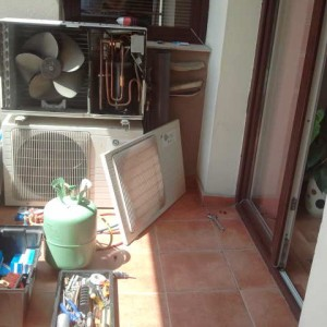cat costa incarcare freon aer conditionat